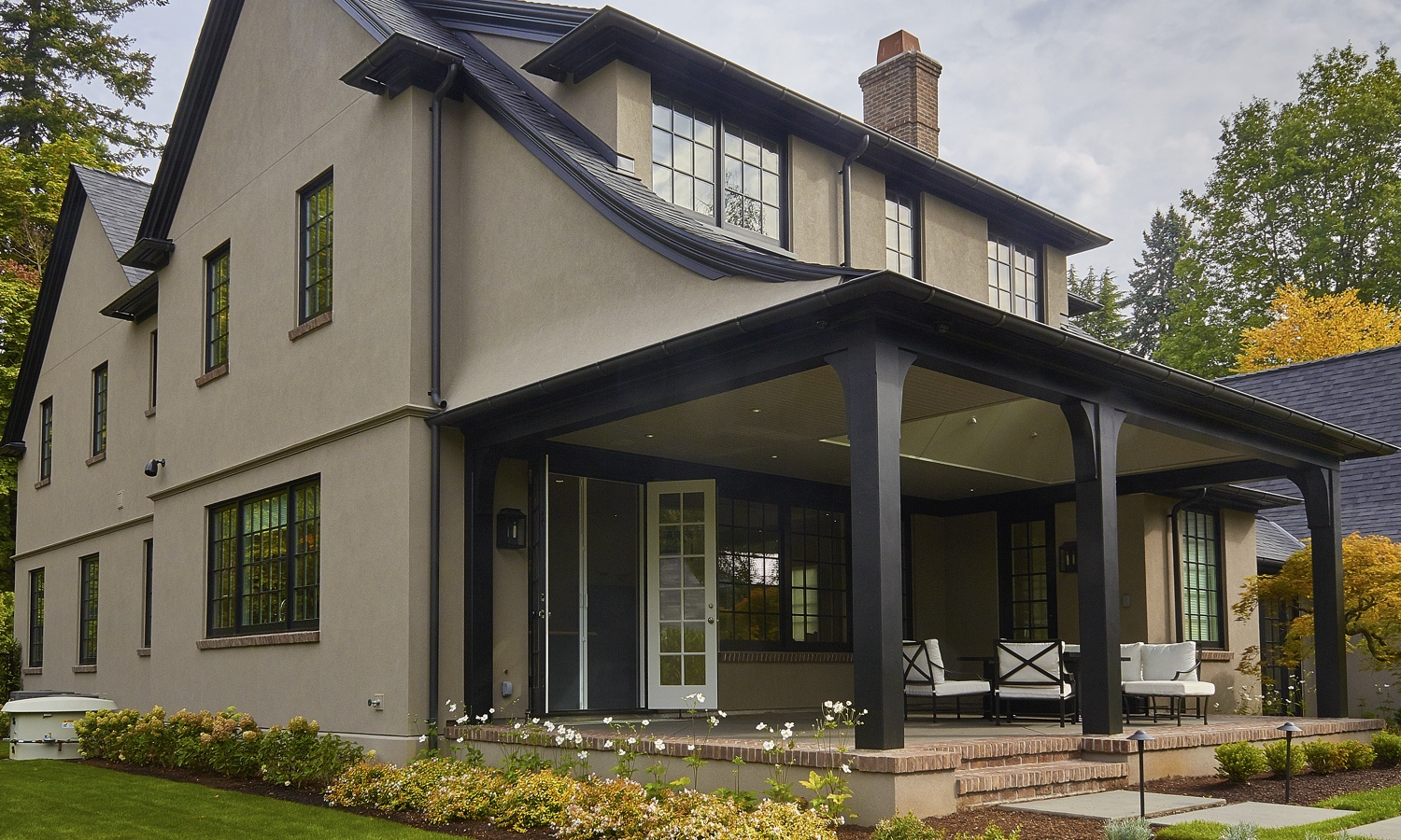 Cella Architecture, Residential Architect Portland Oregon - Laurelhurst House - Covered porch