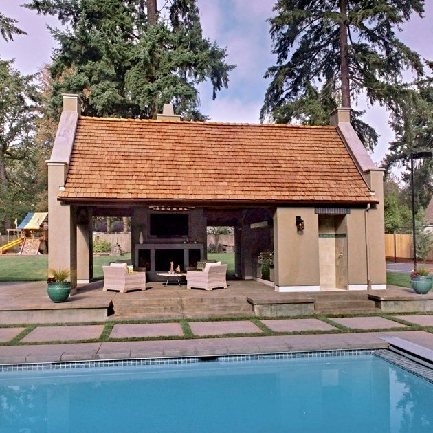 New pool house and swimming pool - Portland Oregon - Dunthorpe